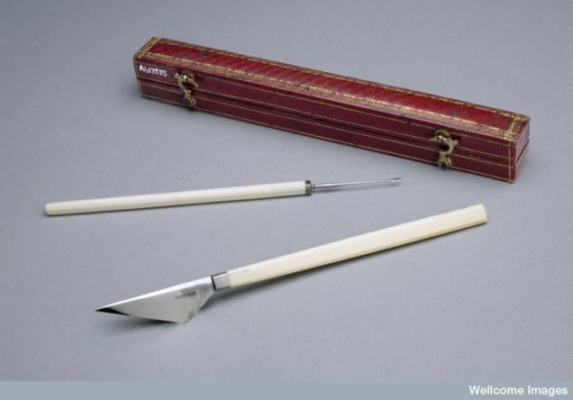 4. Cataract Knife & Needle